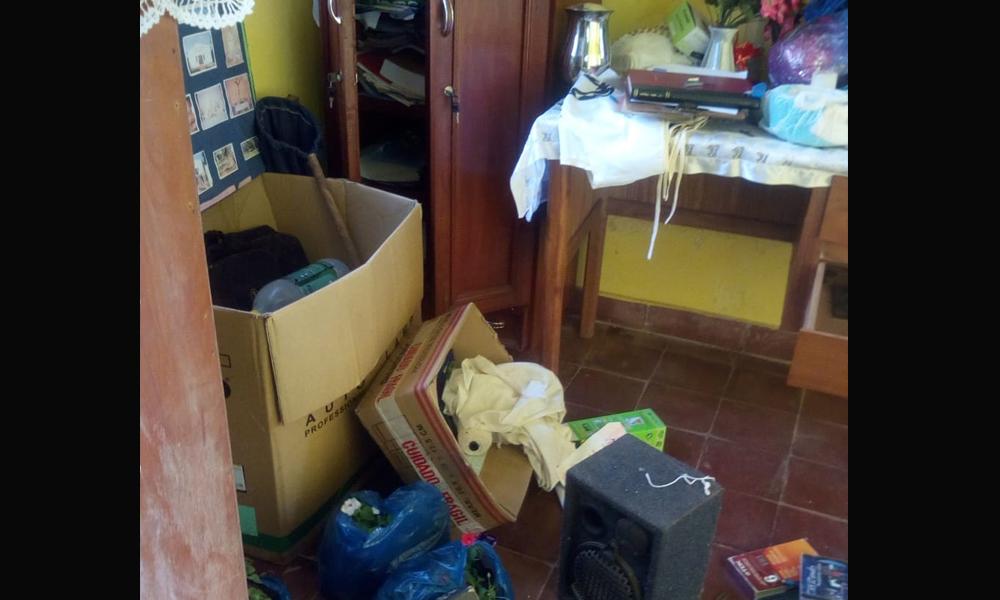 Roban Iglesia en plena Semana Santa en Coronel Oviedo
