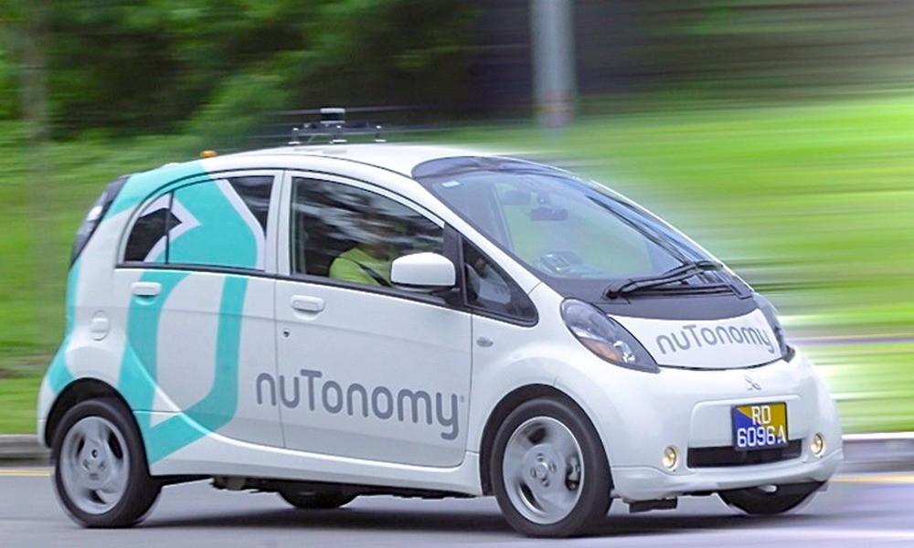 Singapur prueba el primer servicio de taxis sin conductor