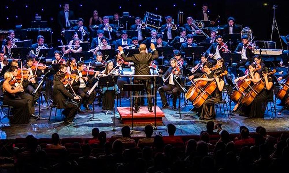 """Orquesta sinfónica celebra su aniversario con una """"noche de pelicula"""""""