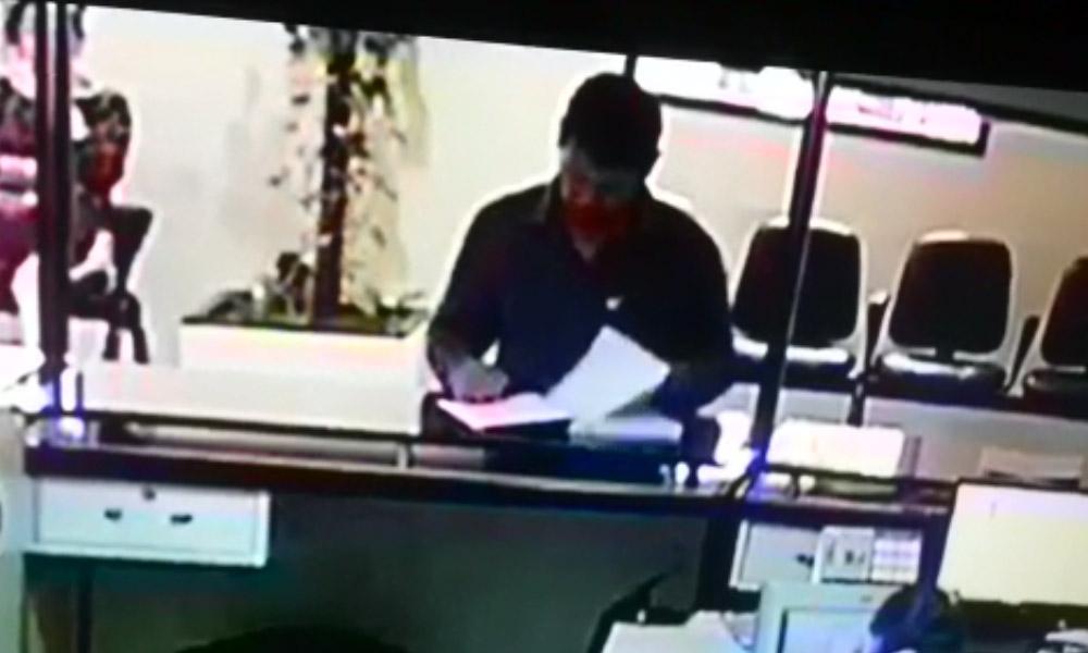 Conocido por robar expediente habla de transparencia