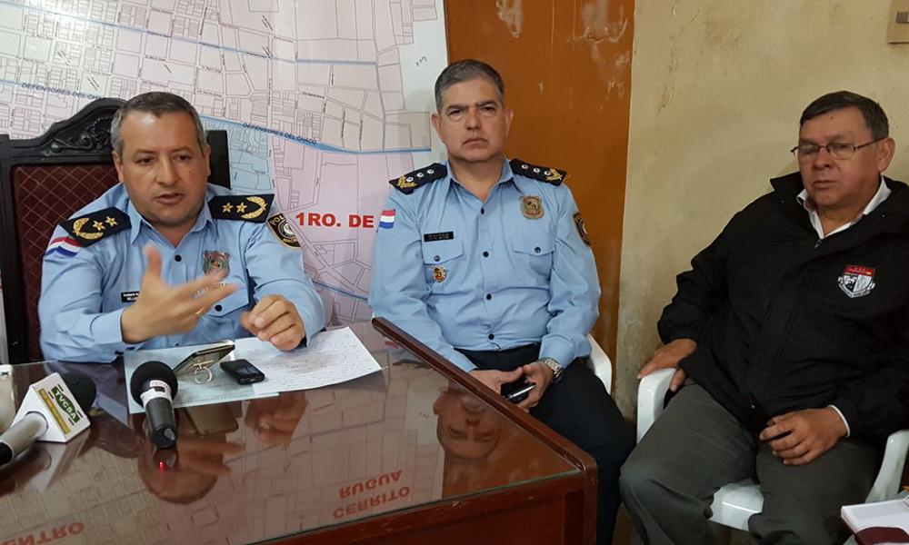Policía Nacional y Municipal coordinan demorar a motociclistas sin casco