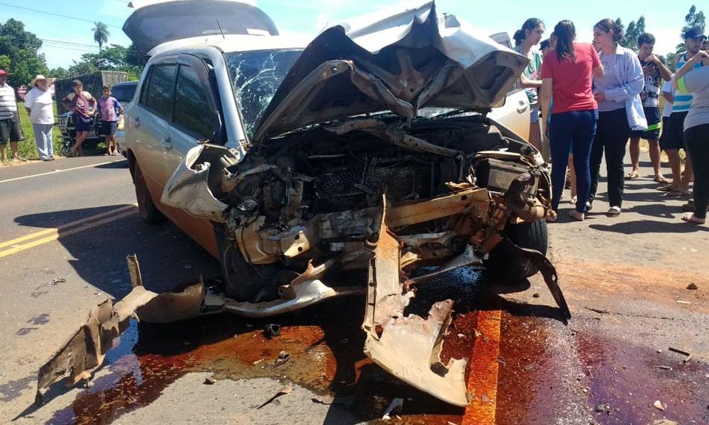 Violento accidente rutero solo deja heridos en Coronel Oviedo