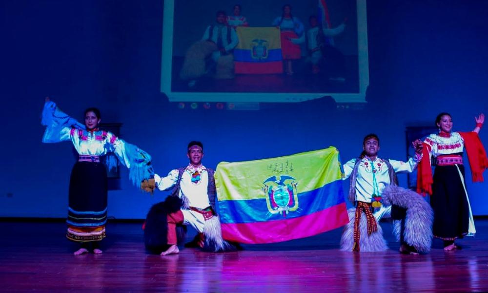 Ballet internacional de gira por el departamento Caaguazú