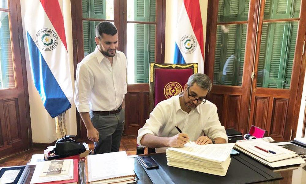 Mario Abdo promulga Ley de Presupuesto General de la Nación 2019