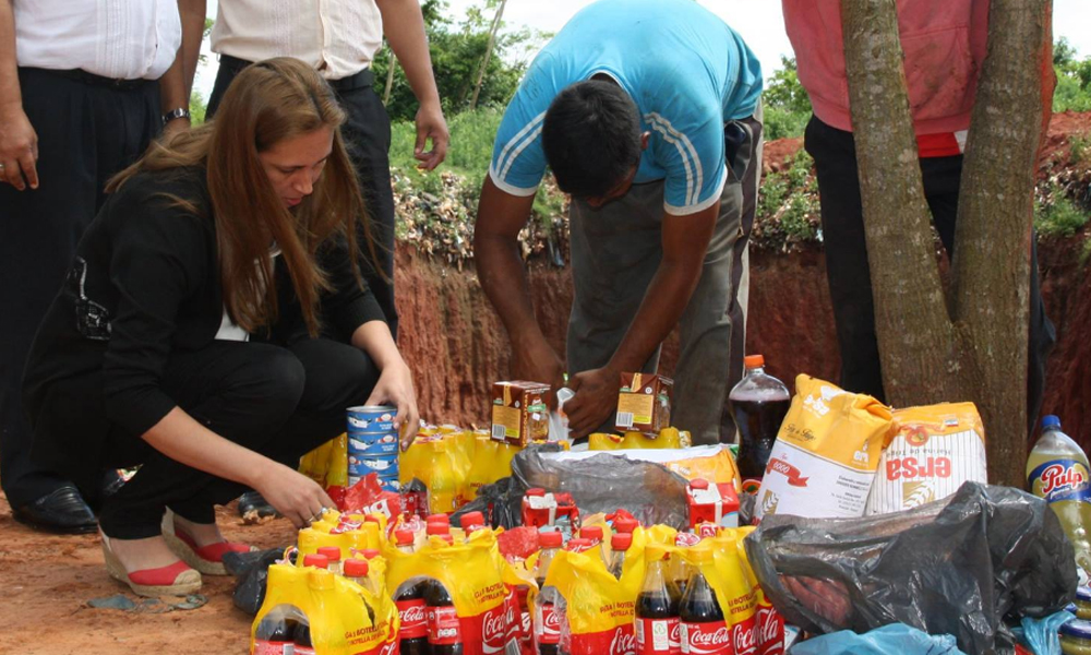 Kopar y City Market exhiben productos vencidos