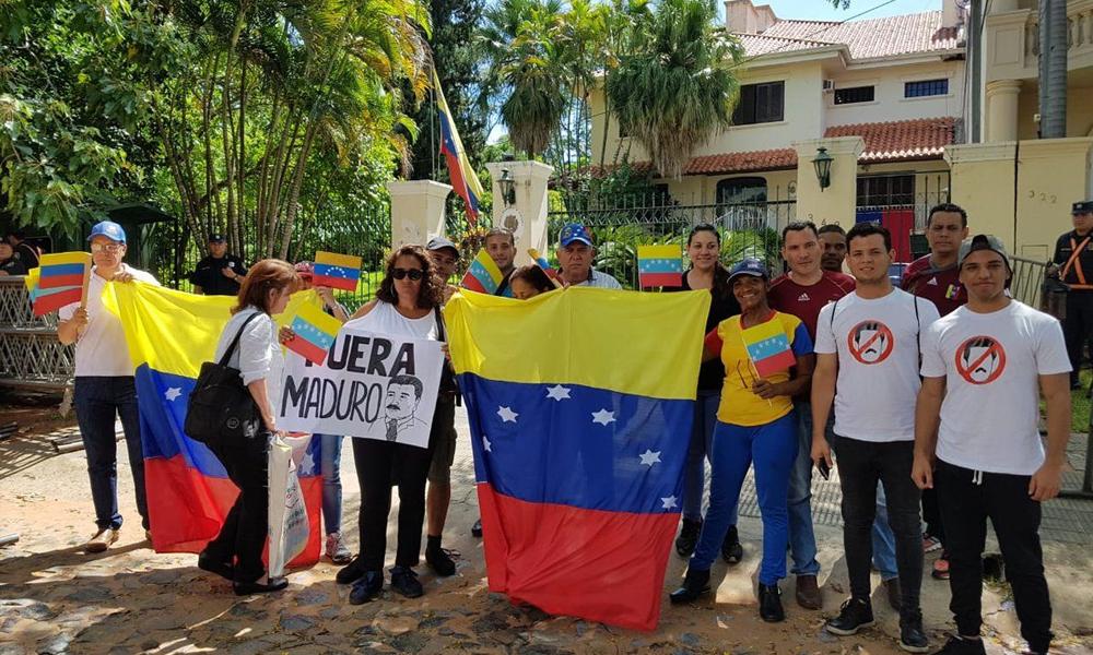 Venezolanos residentes en Paraguay tienen todas las garantías