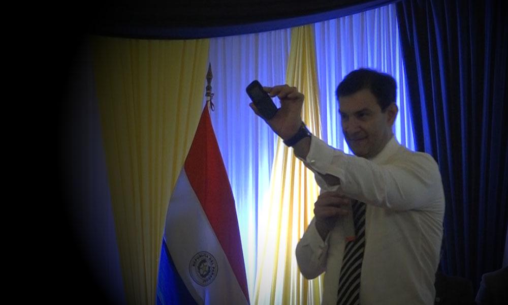 Un discurso de Beto Ovelar en Ginebra hace suponer que reemplazará su 1100
