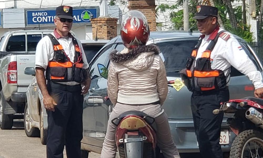Policía de Tránsito: Entre la precariedad laboral y las coimas