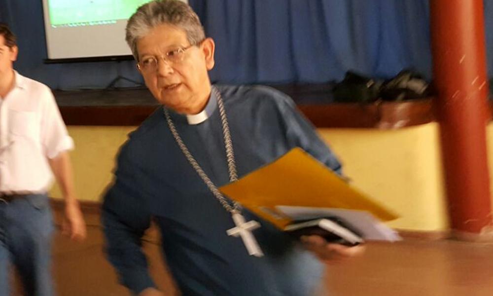Dan a conocer multimillonarios bienes del monseñor Juan Bautista Gavilán