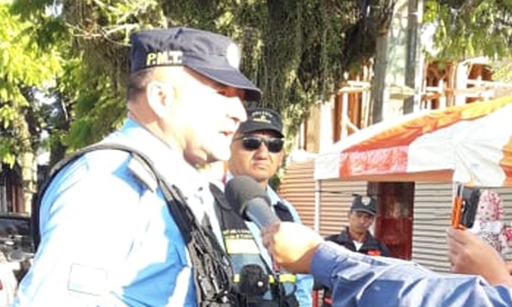 """Eladio habría contratado """"inspectores paralelos"""" para organizar tránsito en la ciudad"""